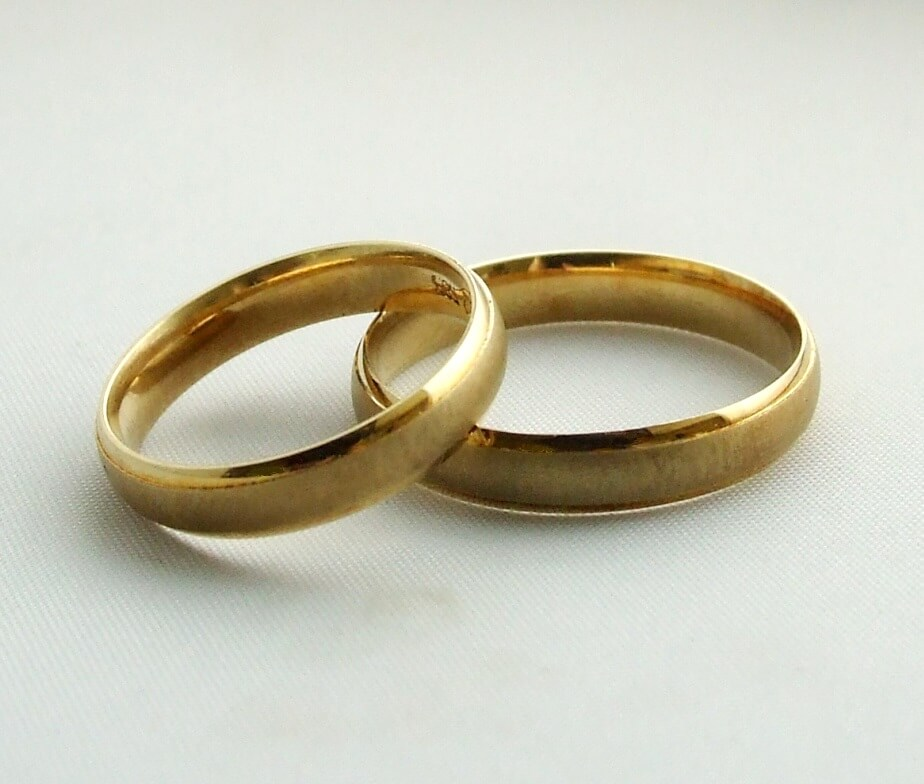 Gouden trouwringen mooi egaal