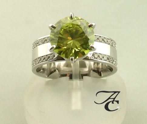 Wit gouden ring met citrien en diamanten