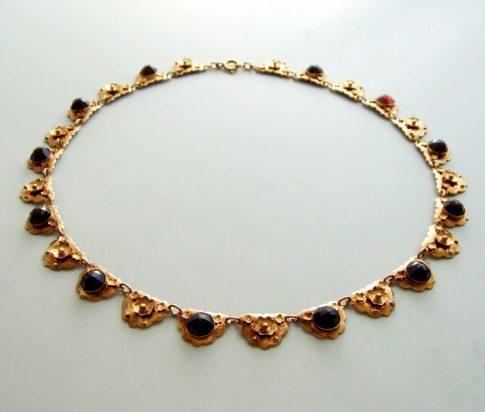 Rosé gouden collier met granaat