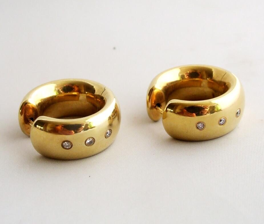 Gouden oorbellen met diamant