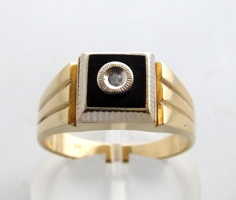 14 krt geel gouden ring met onyx