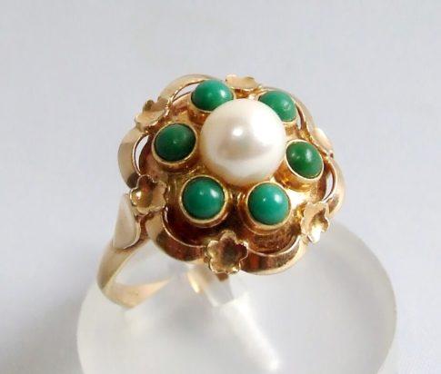 Gouden ring met eilat en parel