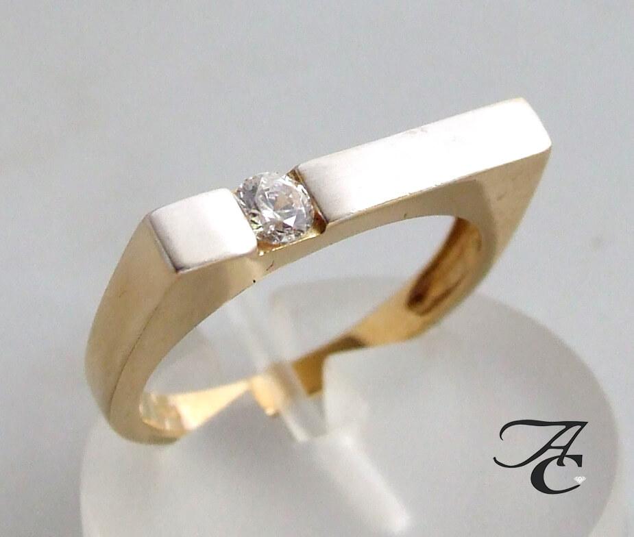Atelier Christian geel gouden ring met zirkonia