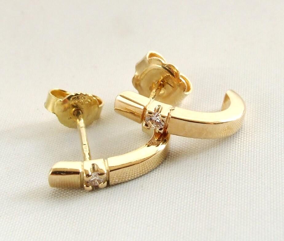Geel gouden oorbellen met diamant