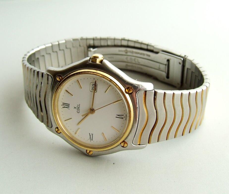 Gouden en stalen Ebel horloge
