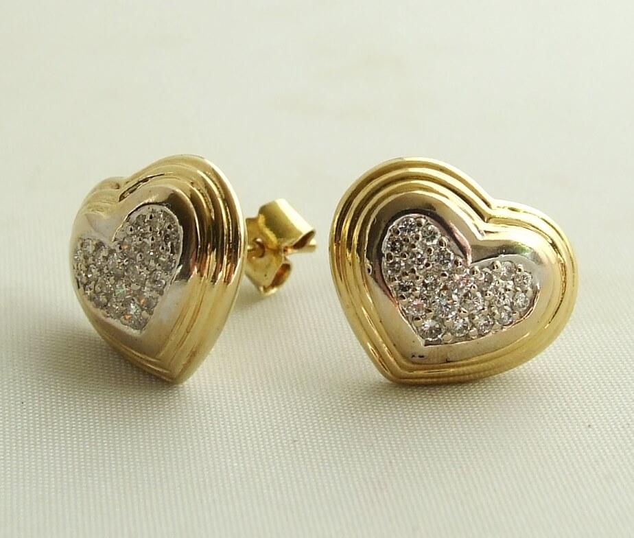 Harten oorbellen met diamanten