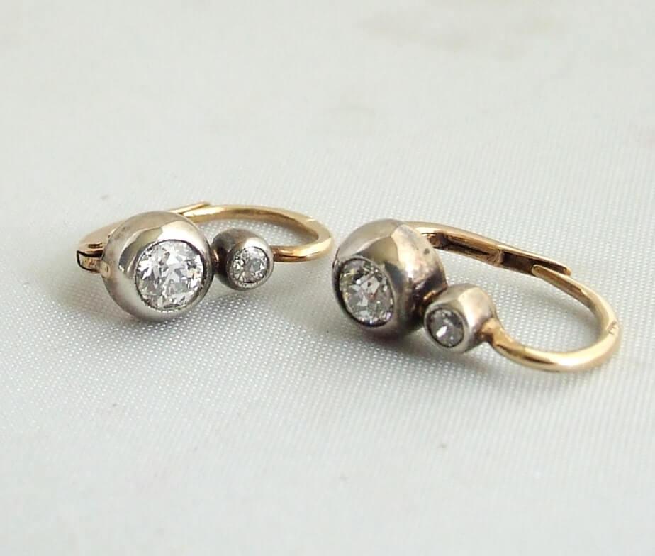 Antieke zilver en gouden oorbellen met diamant