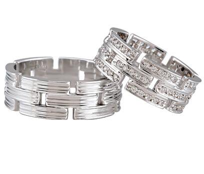 Wit gouden Christian diamanten trouwringen