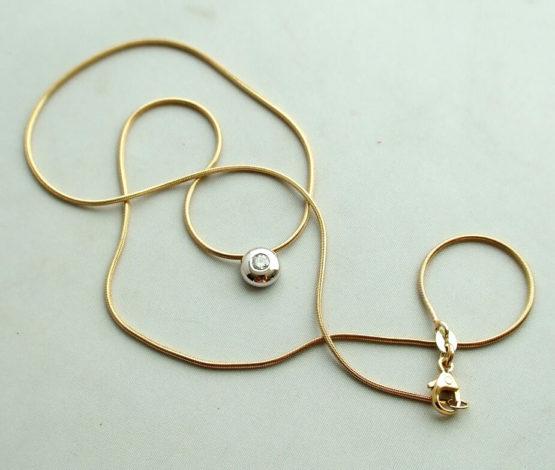 Gouden collier met hanger