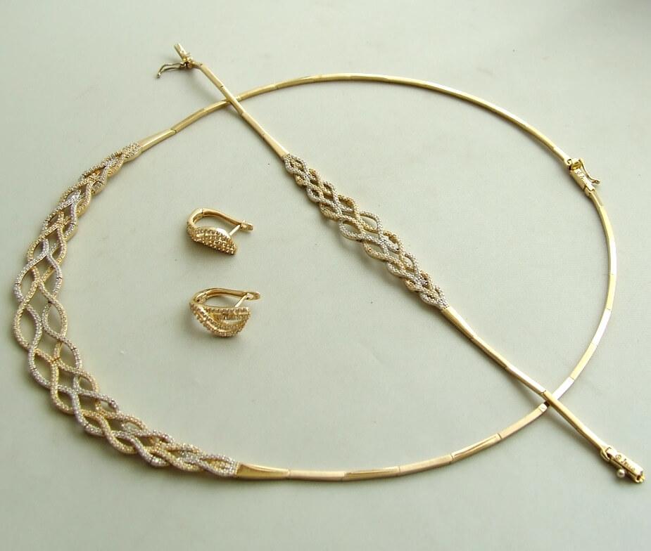 Gouden set zirkonia sieraden