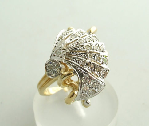 18 karaat gouden ring met diamanten