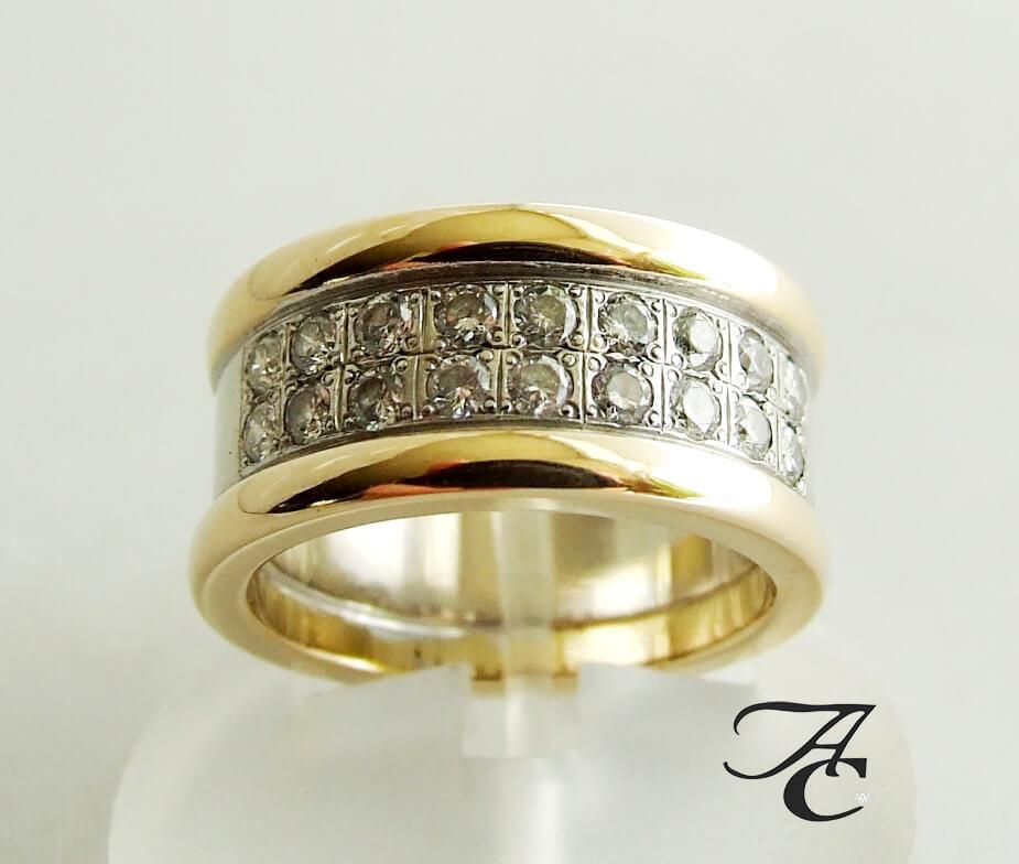 Geel gouden ring met diamanten