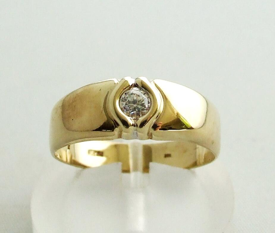 Geel gouden zirkonia ring