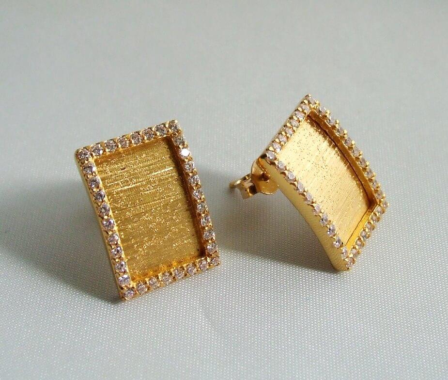 22 karaat gouden oorbellen met zirkonia