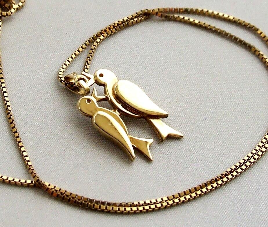 Geel gouden collier met hanger