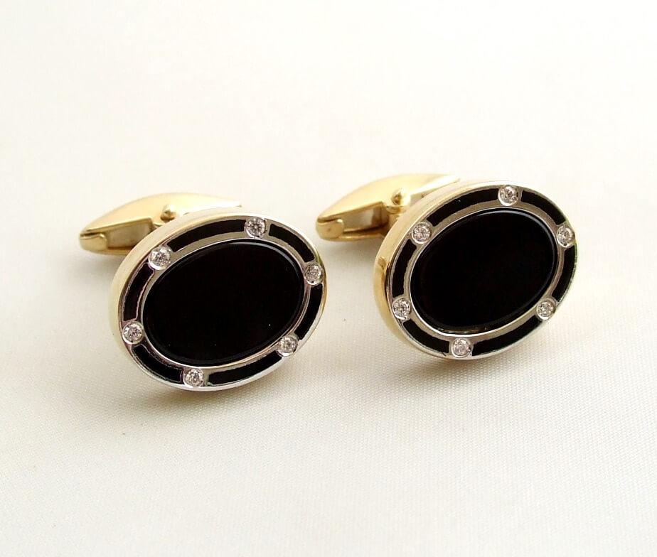 Gouden diamanten manchetknopen met onyx