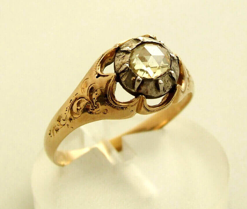 Christian gouden ring met roosdiamant