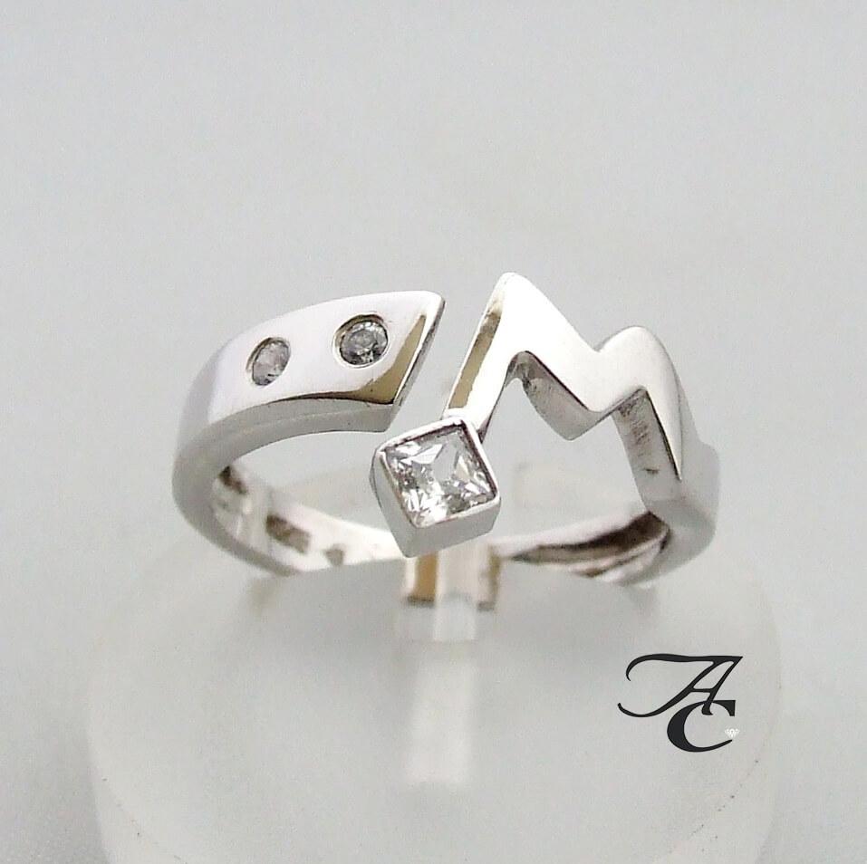 Wit gouden ring met witte zirkonia