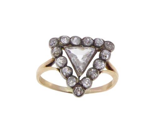 Gouden ring met Triangle diamant