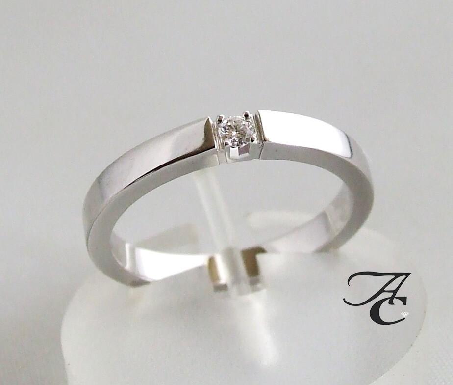 Atelier Christian wit gouden ring met diamanten