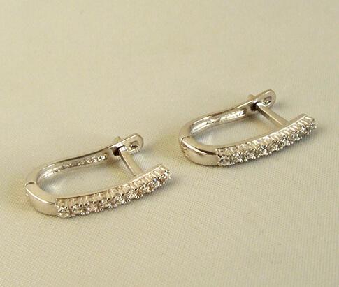 Wit gouden zirkonia oorbellen