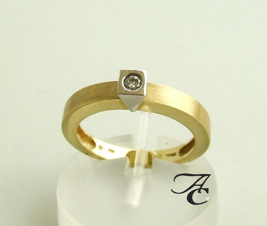 Gouden Atelier Christian ring met diamant