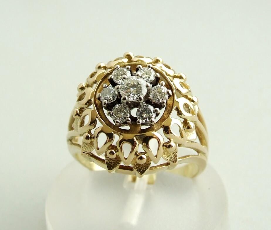 Geel gouden ring met diamanten 0.45 ct.