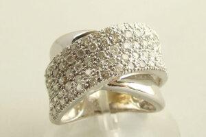 Christian wit gouden ring met diamanten