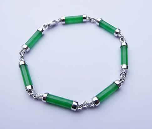 Wit gouden armband met jade