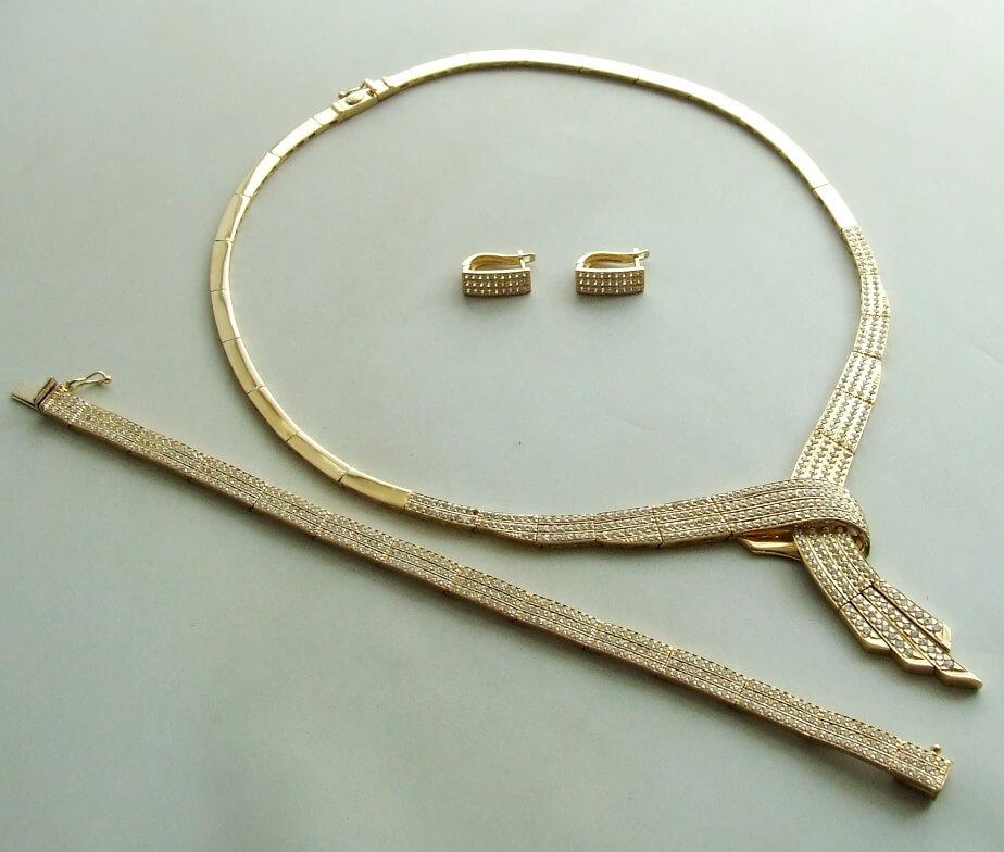 Gouden zirkonia set