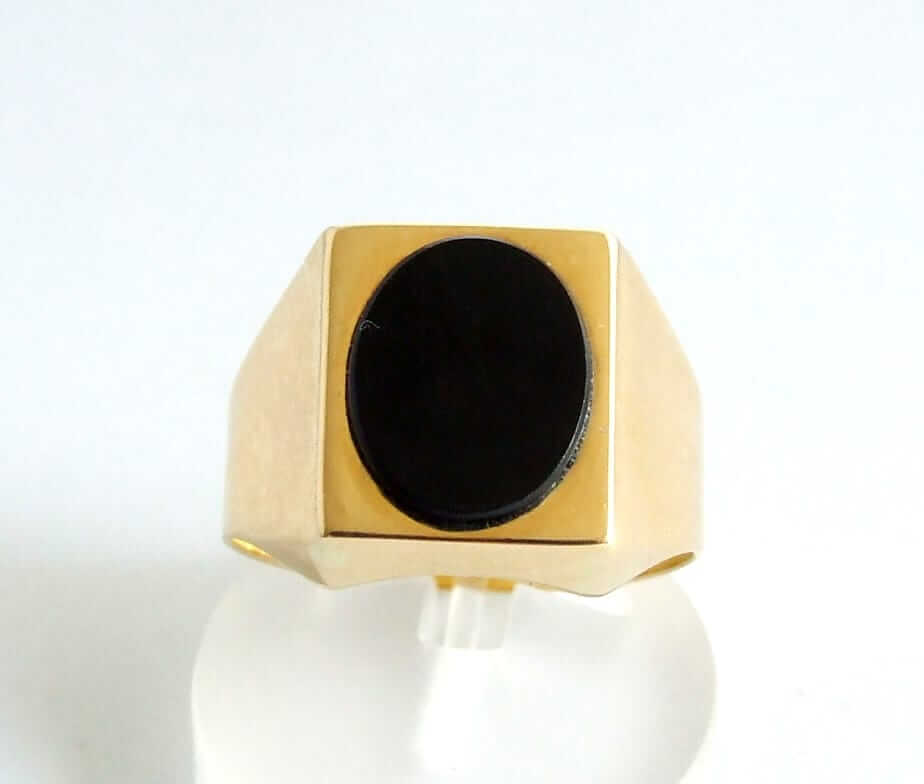 Geel gouden ring met onyx