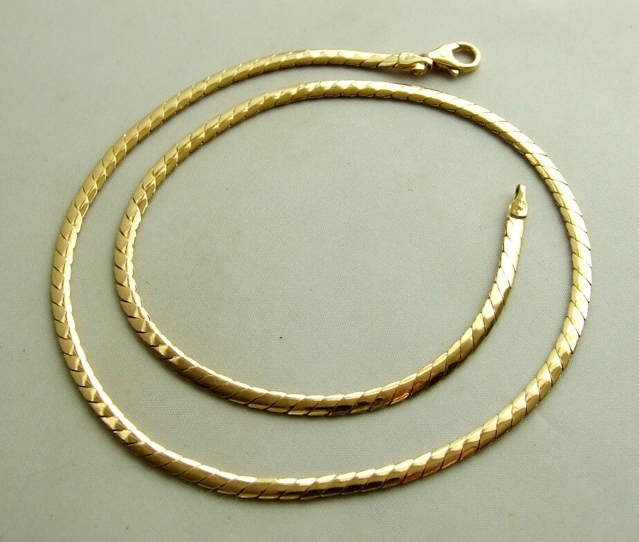 Gouden collier 42 cm