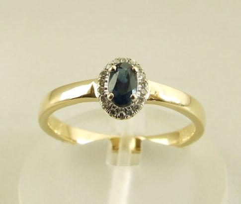 14 karaat gouden ring met saffier en diamanten