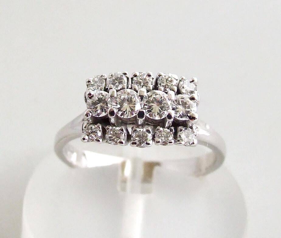 18 karaat wit gouden occasion ring met diamanten
