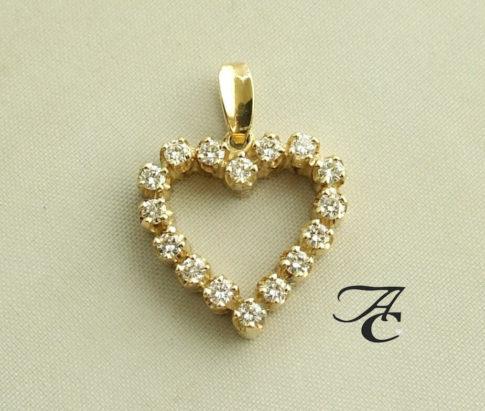 18 karaat gouden harten hanger met diamant