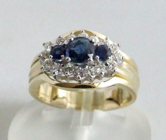 Geel gouden ring met saffier en briljanten