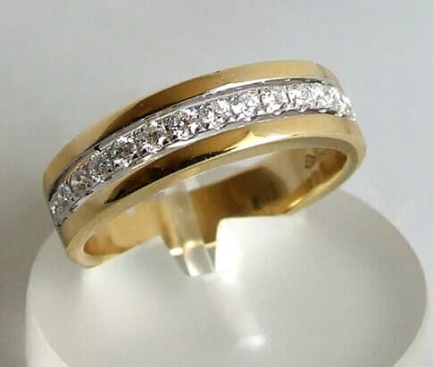 18 karaat bicolor ring met diamanten