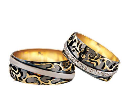 Christian fantasie trouwringen met diamanten