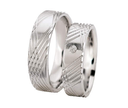 Christian wit gouden trouwringen met diamant