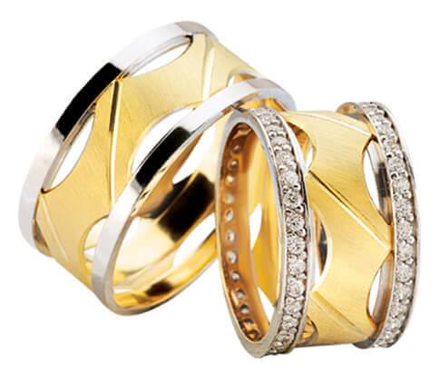 Trouwringen fantasie model met 2 rijen diamanten
