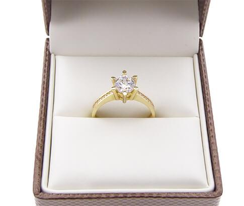 Christian 14 karaat gouden ring met zirkonia