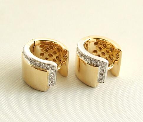 18 karaat geel gouden diamanten oorbellen
