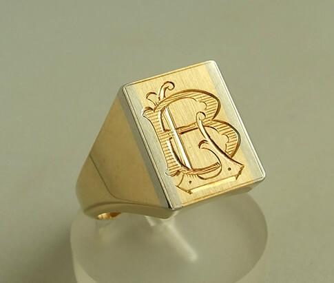 Atelier Christian geel gouden zegelring