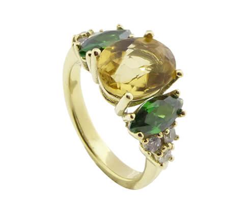 Gouden ring met citrien en smaragd