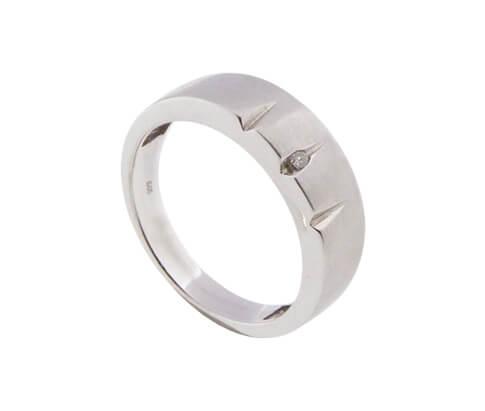 14 karaat wit gouden diamanten ring