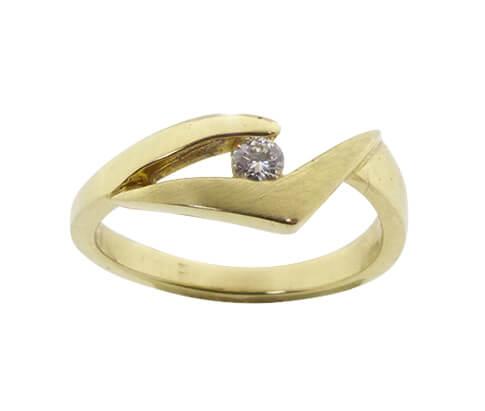 Atelier Christian geel gouden ring met diamant