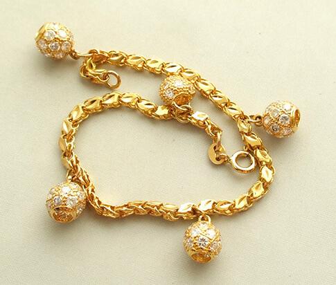 Christian 22 karaat gouden armband met zirkonia