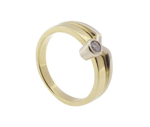 14 karaat Christian gouden zirkonia ring