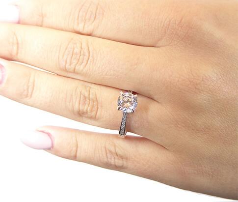 Wit gouden ring met Swarovski zirconia