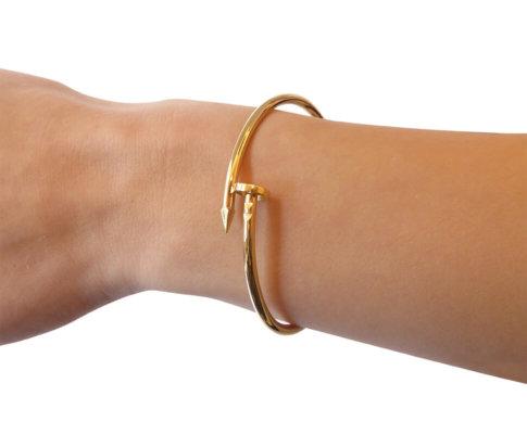 Geel gouden slavenarmband spijkermodel